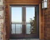 Usi exterioare de intrare lemn-aluminiu